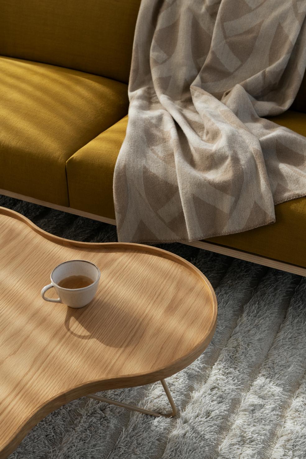 Möbler och designobjekt som flyttar in och stannar kvar